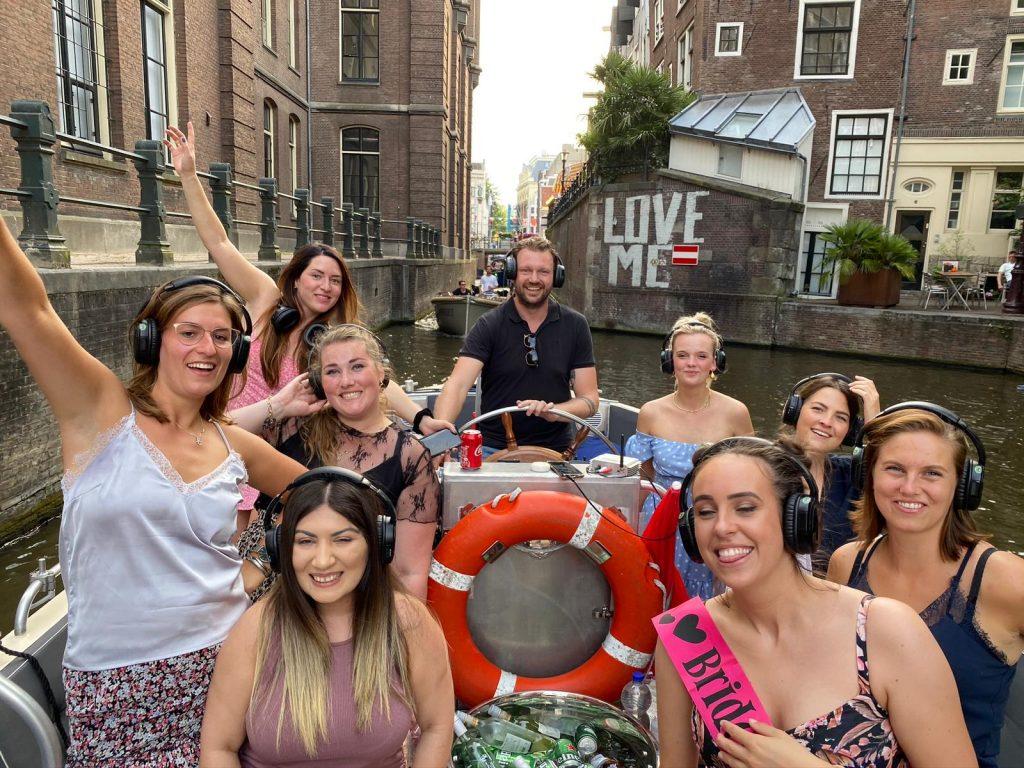 Silent disco boot Amsterdam rederij van der linden